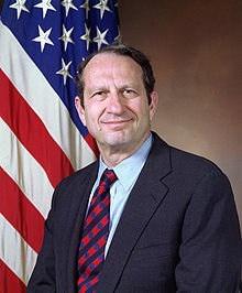 220px-John_Deutch_Undersecretary_of_Defense_1993_official_photo