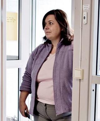 Leder Anita Fonnes i Ytrebygda Barnevern er ansvarlig for å ruinere en ressurssterk norsk familie basert på feilmålinger