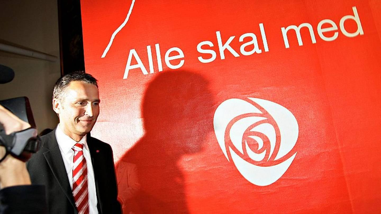Som blodbadsglobalisten og nåværende falsk-flagg-terror-general Jens Stoltenberg så vakkert og innbydende uttrykker det: «ALLE SKAL MED!»