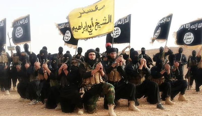 Hvorfor er det ikke funnet noe ISIS-flagg i forbindelse med terrorangrepet i Paris?