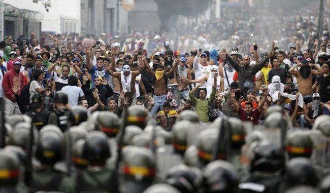 Oljelandet Venezuela med president Baduro i store vanskeligheter, foto fra 2013.